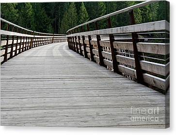 Kinsol Walkway Kinsol Trestle Pathway Across The Railroad Bridge Restored Canvas Print by Andy Smy