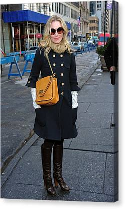 Kristen Bell Out And About For Sun Canvas Print by Everett