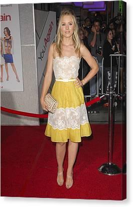 Kristen Bell Wearing A Valentino Dress Canvas Print by Everett