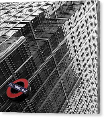 London Underground Canvas Print by Nina Papiorek