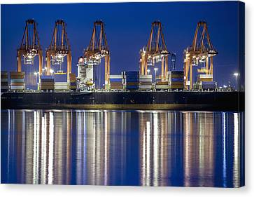Los Angelos Prot And Reflections Canvas Print by Mike Raabe