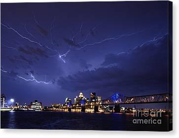 Louisville Storm - D001917b Canvas Print by Daniel Dempster