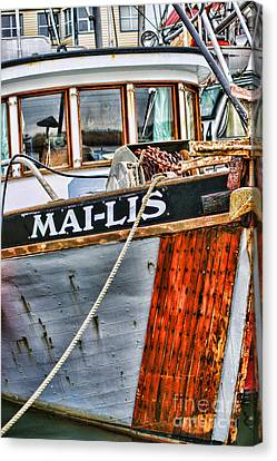 Mai-lis Tug-hdr Canvas Print by Randy Harris