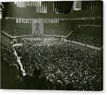 Massive Anti-nazis Demonstration Calls Canvas Print by Everett