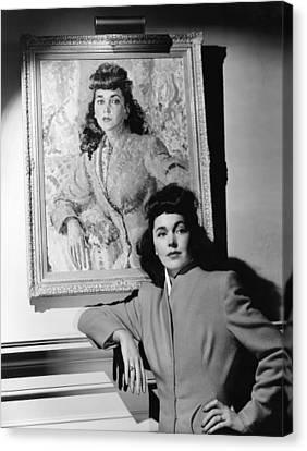 Maureen Osullivan Standing Canvas Print by Everett