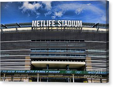Metlife Stadium Canvas Print by Paul Ward