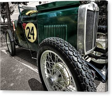 Mg Roadster 001 Canvas Print by Lance Vaughn