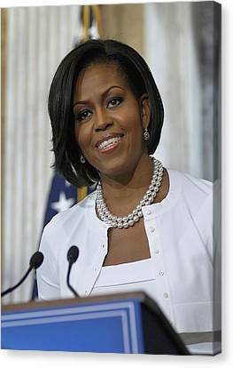 Michelle Obama Visited The Treasury Canvas Print by Everett