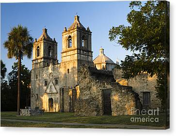 Mission Concepcion In The Evening Canvas Print by Ellie Teramoto
