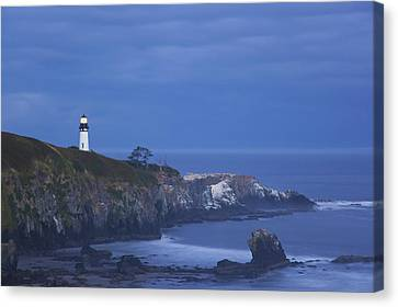 Morning Light Over Yaquina Head Canvas Print by Craig Tuttle