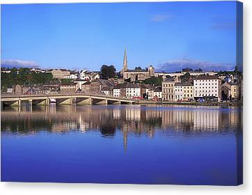 New Ross, Co Wexford, Ireland Canvas Print by The Irish Image Collection