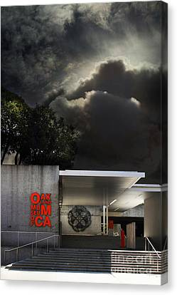 Oakland Museum Of California . 7d13039 Canvas Print by Wingsdomain Art and Photography