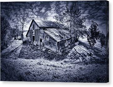 Old Barn Canvas Print by Donald Schwartz