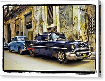 Old Car 1 Canvas Print by Mauro Celotti