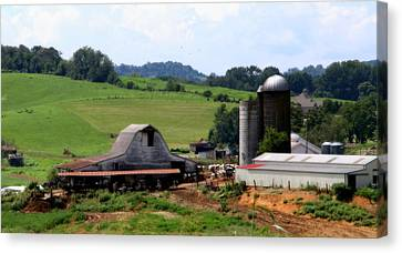 Old Dairy Barn Canvas Print by Karen Wiles