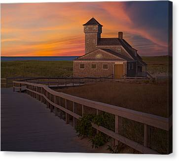 Old Harbor U.s. Life Saving Station Canvas Print by Susan Candelario