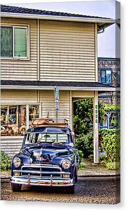 Old Plymouth And Surfboard Canvas Print by Carol Leigh