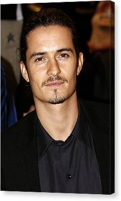 Orlando Bloom At Arrivals Canvas Print by Everett