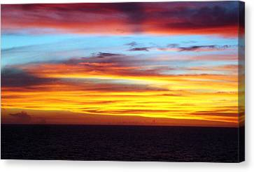 Pacific Sunset 5 Canvas Print by Laura Porumb