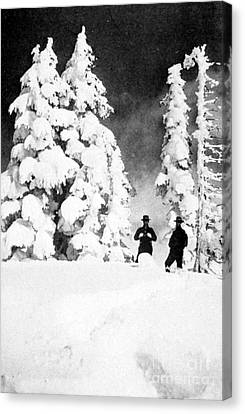 Paradise Inn, Mt. Ranier, 1917 Canvas Print by Science Source