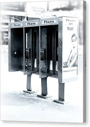 Pay Phones - Still In Nyc Canvas Print by Angie Tirado