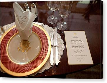Place Setting Of The White House China Canvas Print by Everett