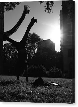 Playing With The Sun II - Philadelphia - Pensilvania - Sunset Canvas Print by Lee Dos Santos
