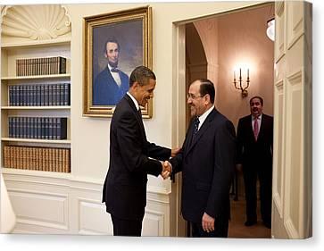 President Obama Greets Iraqi Prime Canvas Print by Everett