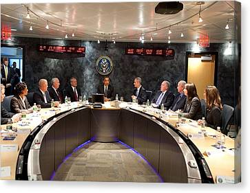 President Obama Meets With Nctc Canvas Print by Everett
