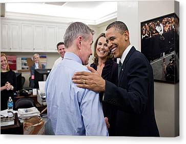 President Obama Talks With White House Canvas Print by Everett