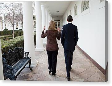 President Obama Walks With Hillary Canvas Print by Everett