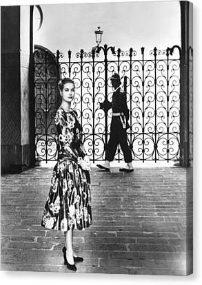 Princess Grace Kelly, 1956 Canvas Print by Everett