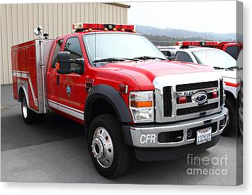 Rescue Truck . Coastside Fire Protection District 7d15096 Canvas Print by Wingsdomain Art and Photography