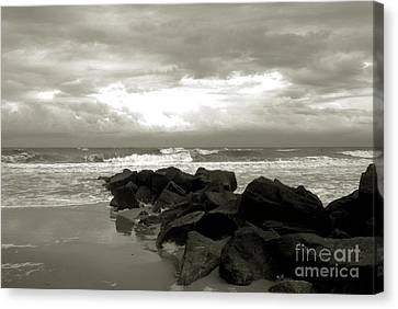 Rocks At Folly Beach Sc Canvas Print by Susanne Van Hulst