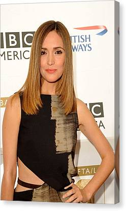 Rose Byrne In Gucci At Arrivals For 8th Canvas Print by Everett