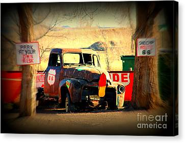 Route 66 Parking Lot Canvas Print by Susanne Van Hulst