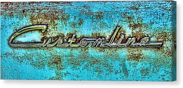 Rusting Ford Chrome Insignia Canvas Print by Tony Grider