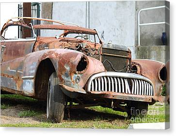 Rusty Old American Car . 7d10347 Canvas Print by Wingsdomain Art and Photography