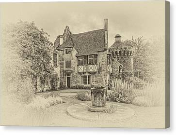 Scotney Castle Canvas Print by Chris Thaxter