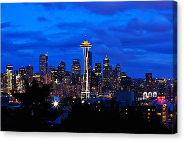 Seattle At Night From Kerry Park Canvas Print by Tanya Harrison