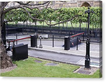 Security Barriers At Houses Of Parliament Canvas Print by Mark Williamson