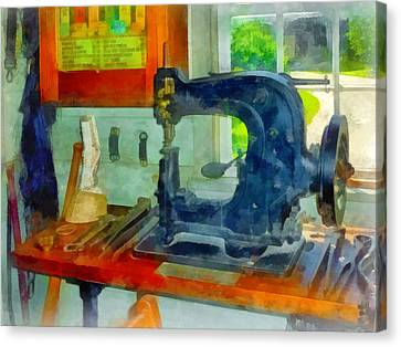 Sewing Machine In Harness Room Canvas Print by Susan Savad
