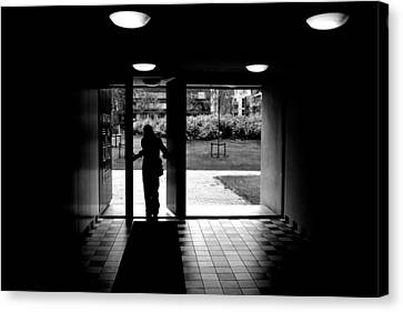Silhouette Of A Man Canvas Print by Fabrizio Troiani