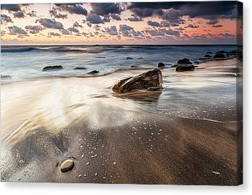 Sky In The Sands Canvas Print by Evgeni Dinev