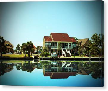 Southern Living Canvas Print by Barry Jones