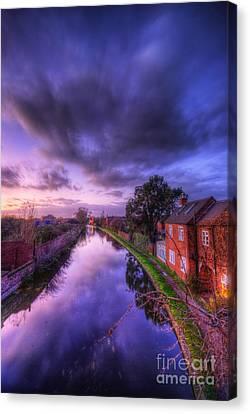 Sunset At Loughborough Canvas Print by Yhun Suarez
