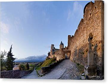 Sunset In Carcassonne Canvas Print by Robert Lacy