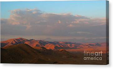 Sunset In The Syrian Desert Canvas Print by Issam Hajjar