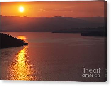 Sunset On Flathead Lake With Wild Horse Island Canvas Print by Scotts Scapes