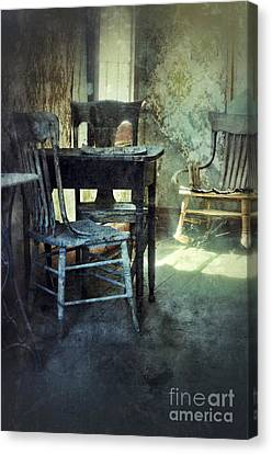 Table And Chairs Canvas Print by Jill Battaglia